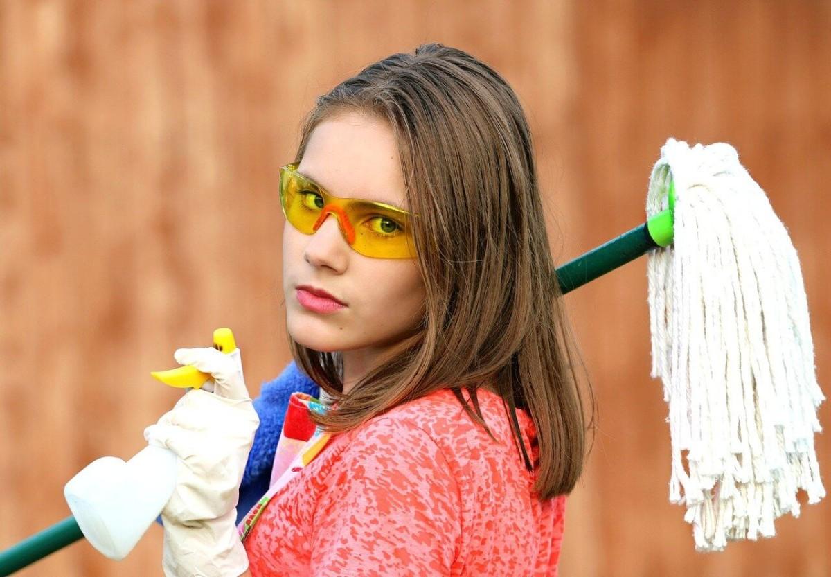 עובדת ניקיון – ביטוח בית משותף כיסוי חבות מעבידים